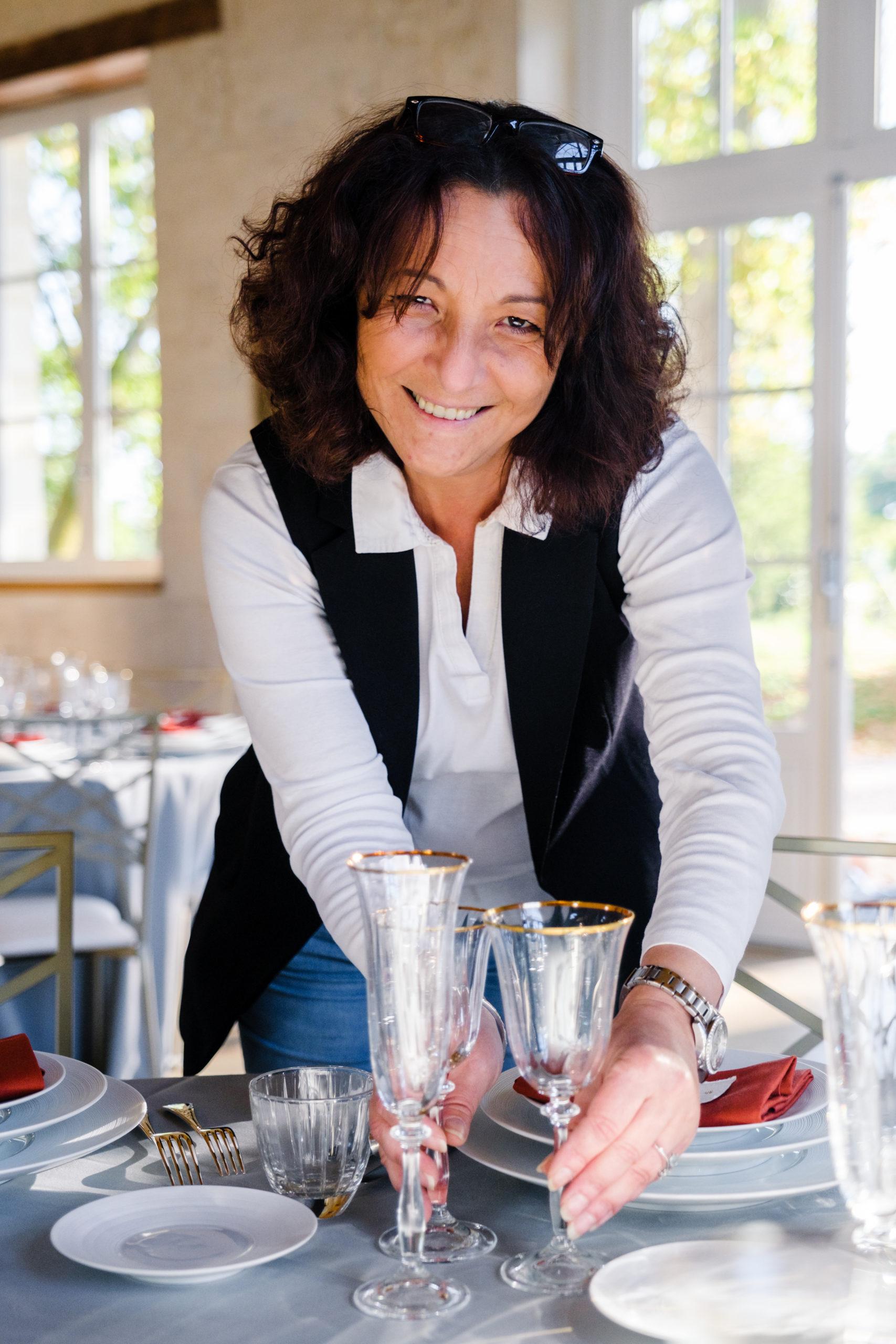 Portrait de Sabeha Brunet, Wedding planner et organisatrice d'évènements haut de gamme